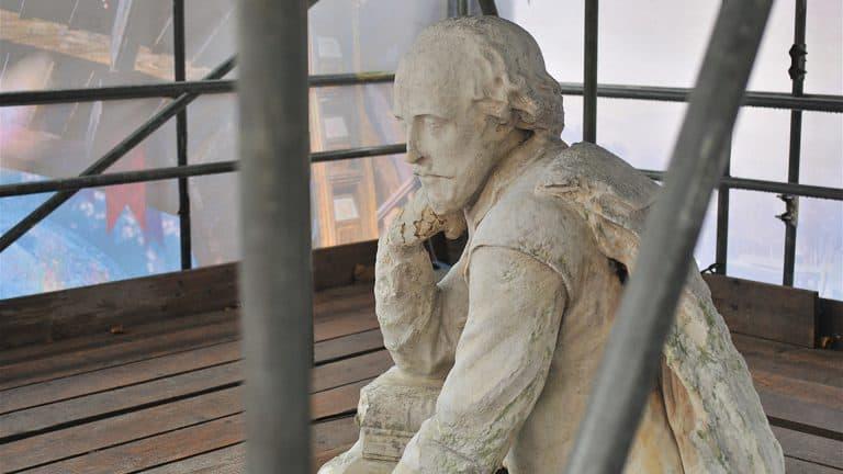 MNP Shakespeare's Statue