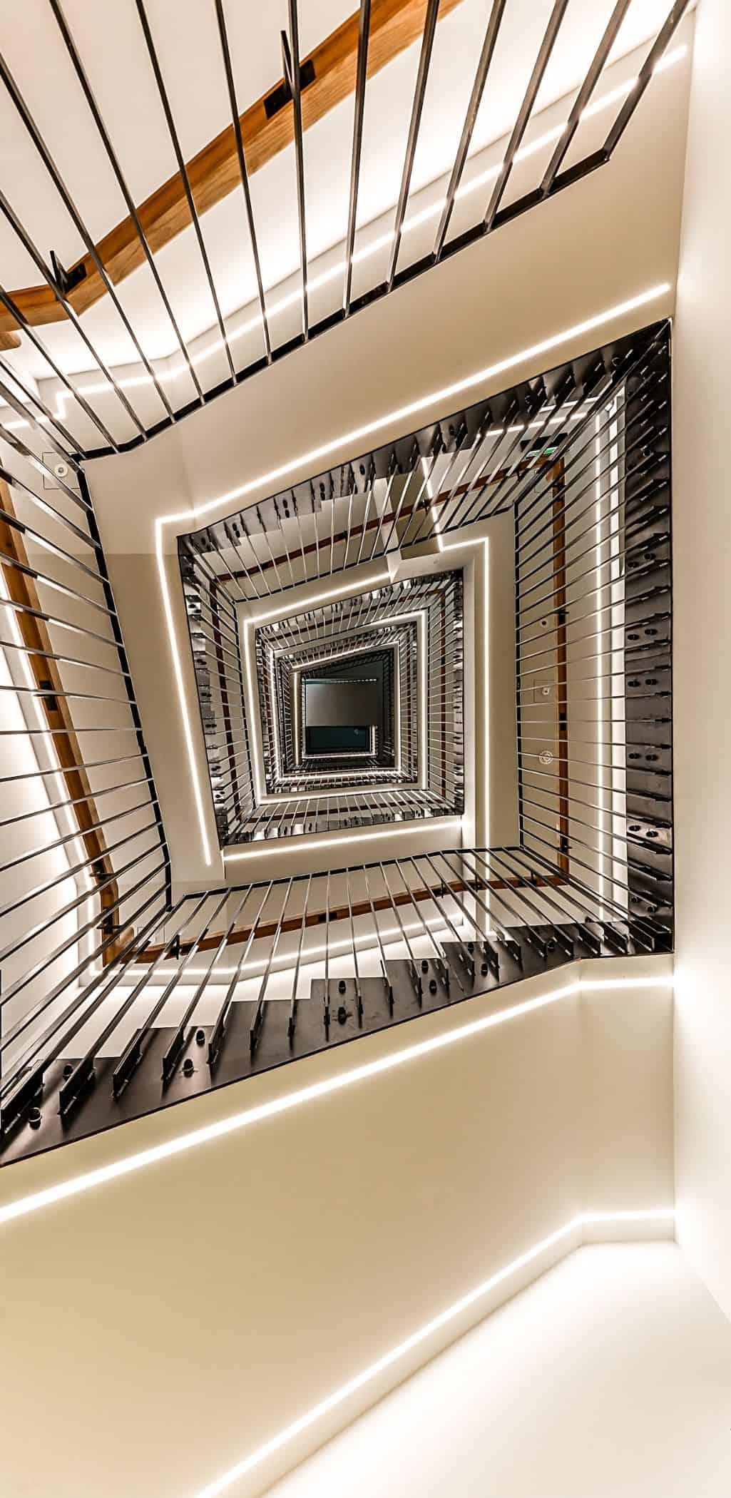 University Of London Birkbeck Stairs MNP
